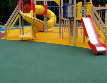 Резиновое покрытие игровых детских площадок