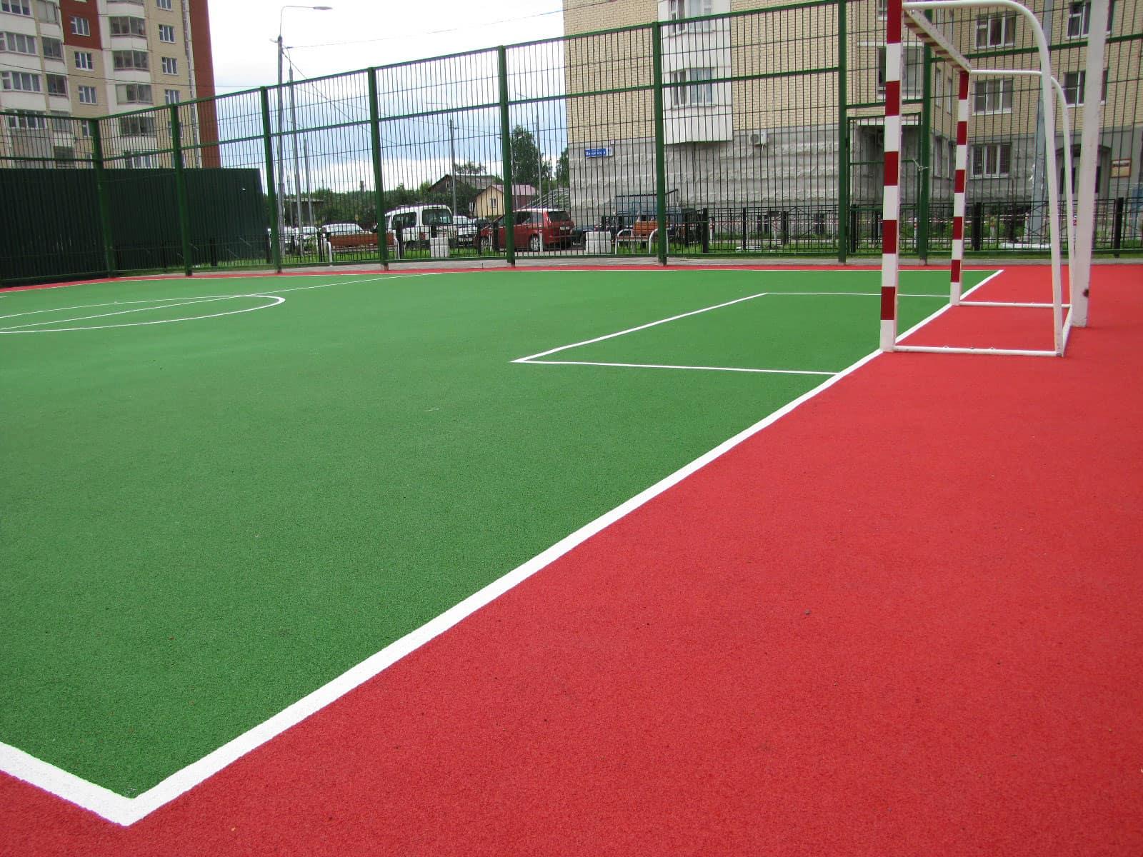 Дворовые спортивные площадки из резины.