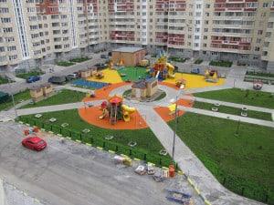 Устройство покрытий на детских площадках.
