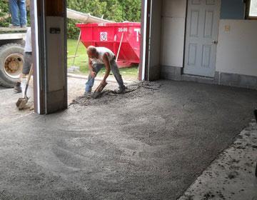 Купить резиновое покрытие для гаража.