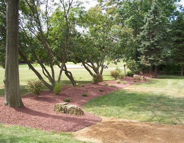 Резиновое покрытие для дорожек в саду