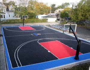 Открытие спортивной площадки с резиновым покрытием.