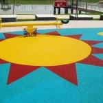 Покрытие для детских площадок из резиновой крошки своими руками.