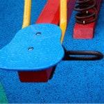 Травмобезопасное покрытие для детских площадок.