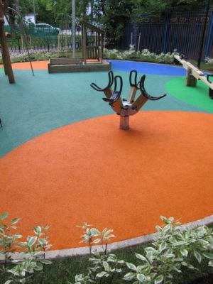 Детский сад покрытия площадки для игр.