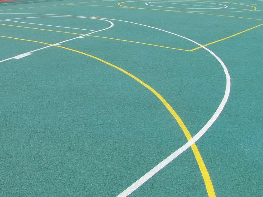 Резиновое покрытие для спортплощадок.