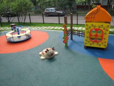 Цена на мягкое покрытие для детских площадок.