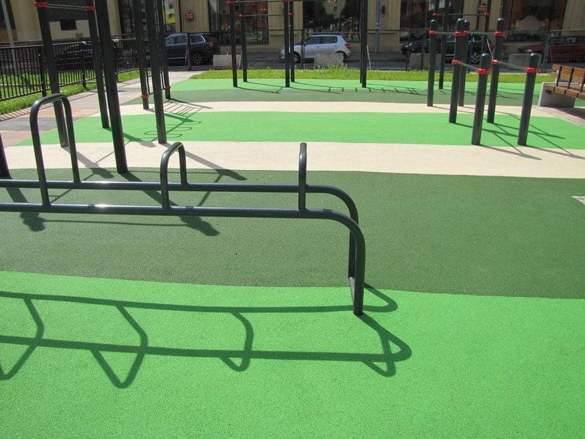 Универсальное покрытие для спортивных площадок.