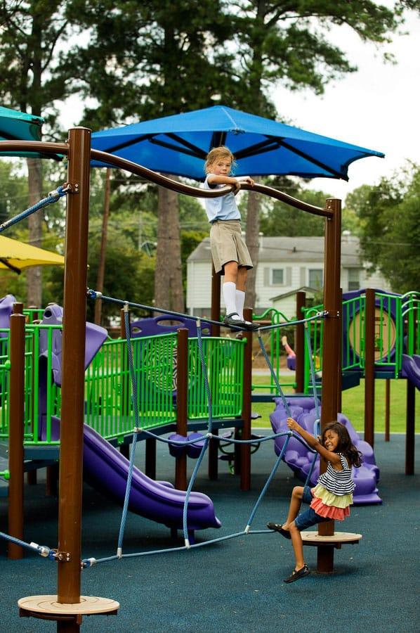 Травмобезопасное резиновое покрытие для детских площадок.
