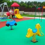 Цена на покрытие для детских площадок.