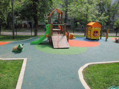 Покрытие для детских площадок купить.