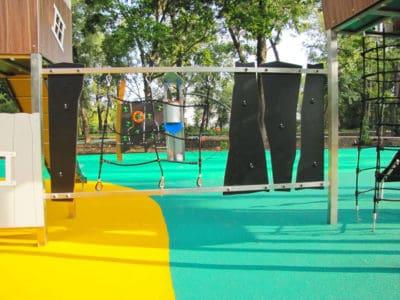 Покрытие для детских площадок на улице цены.