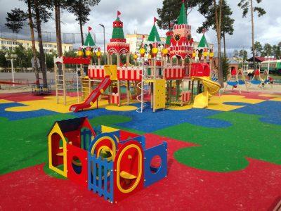 Покрытие детских площадок под ключ.