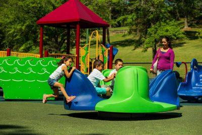Жидкое резиновое покрытие для детских площадок.