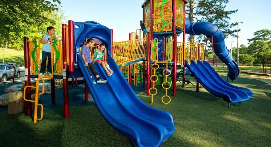 Покрытие для детских площадок цена.