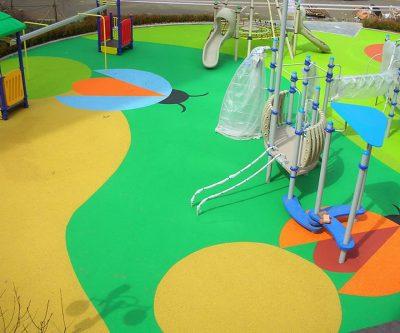 Резиновое покрытие для площадок производство.