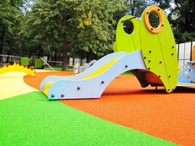 Резиновое покрытие детских площадок.