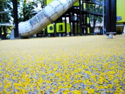 Покрытия для детских площадок Москва.