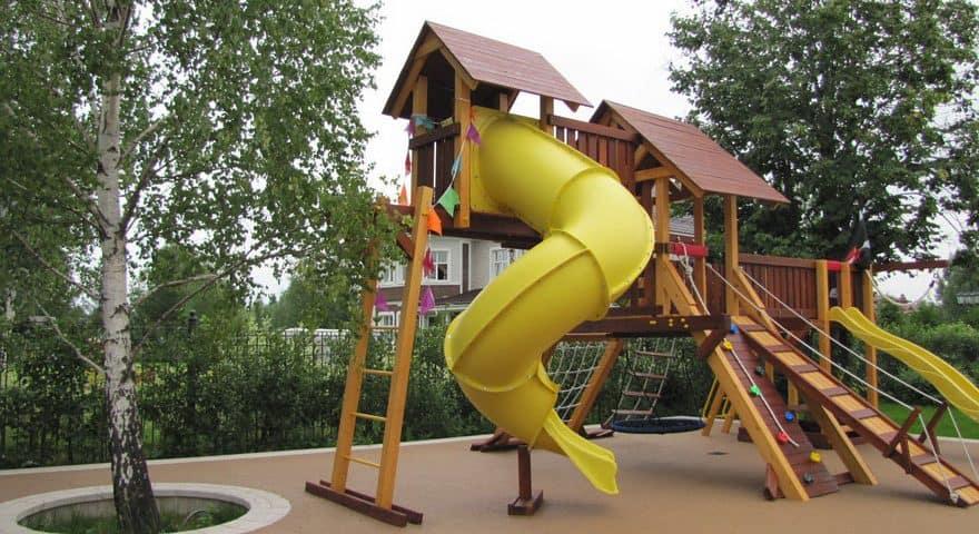 Бесшовное покрытие для детских площадок цена.