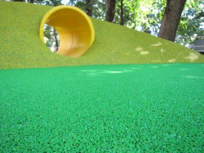 Купить резиновое покрытие для детской площадки цены.