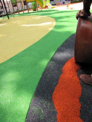 Где купить резиновое покрытие для детских площадок.