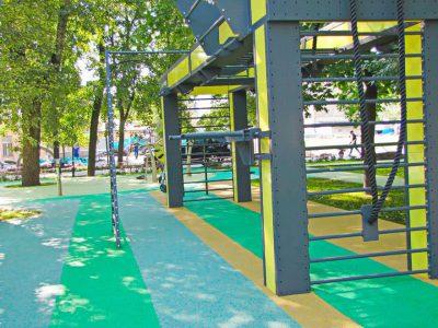 Тартановое покрытие для спортивных площадок.