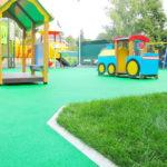 Производство покрытий для детских площадок.