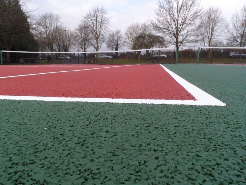 Напольное покрытие для спортивных площадок.